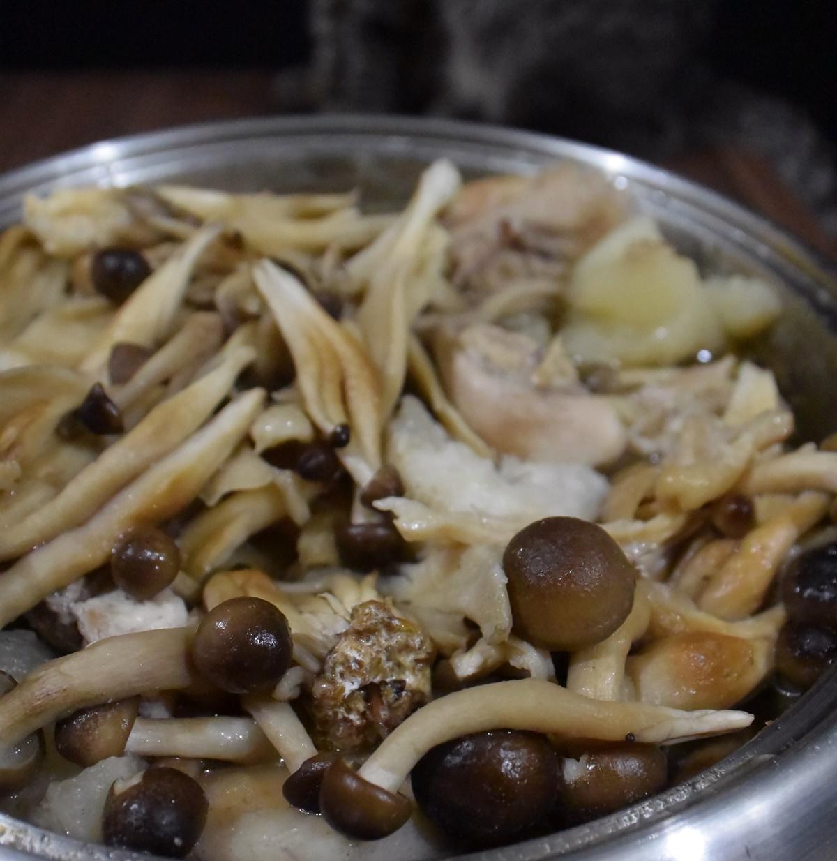 根菜とキノコの和風ダイエットスープ