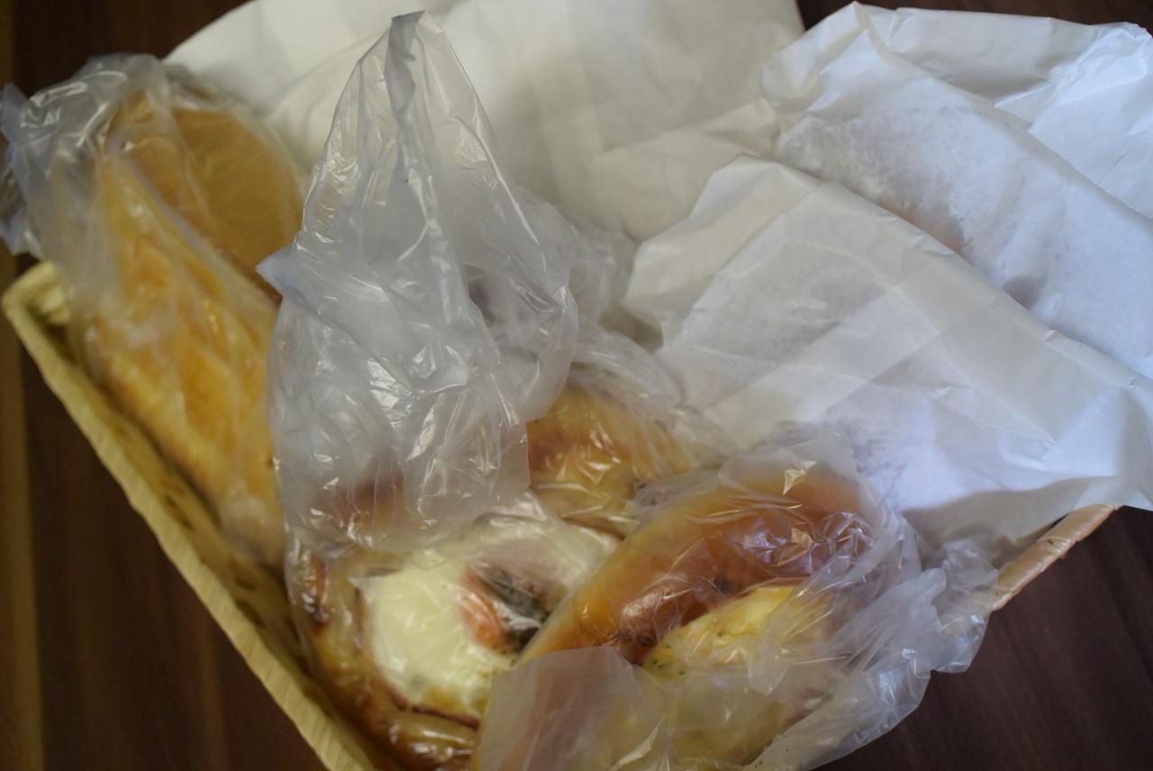 ゲルン 買ったパンを上から撮影